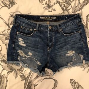 AE High waisted Tomgirl midi jean shorts